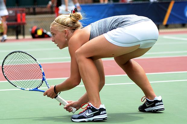 Top 10 giày tennis nữ tốt nhất cho mọi trận đấu