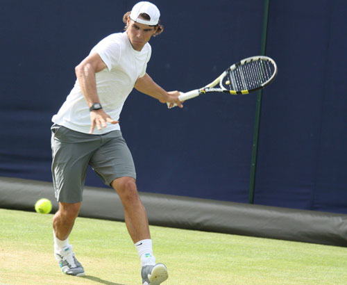 Cách đánh tennis cơ bản - nền tảng vững chắc trong tennis