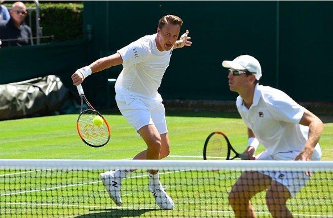 Hướng dẫn chọn vợt tennis tốt nhất cho từng cấp độ chơi