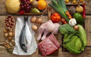 Chế độ dinh dưỡng thích hợp cho người chơi tennis