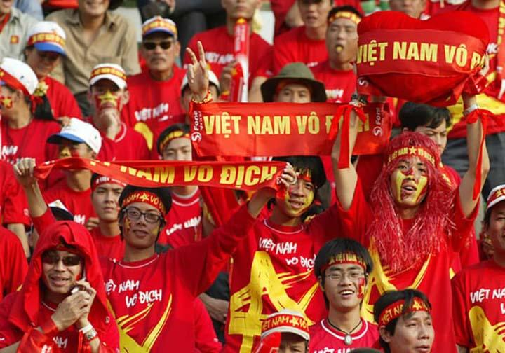 Áo cờ đỏ sao vàng xịn dành cho mọi lứa tuổi