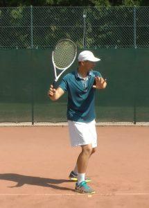 Kĩ thuật 8 bước đánh thuận tay hiệu quả trong tennis
